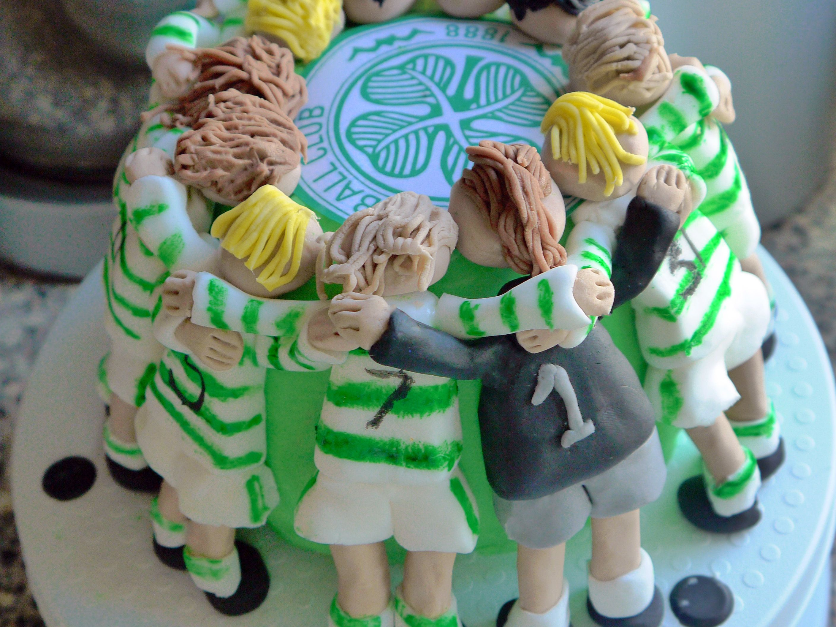 Glasgow Celtic Huddle cake Trey Pinterest Cake Interesting
