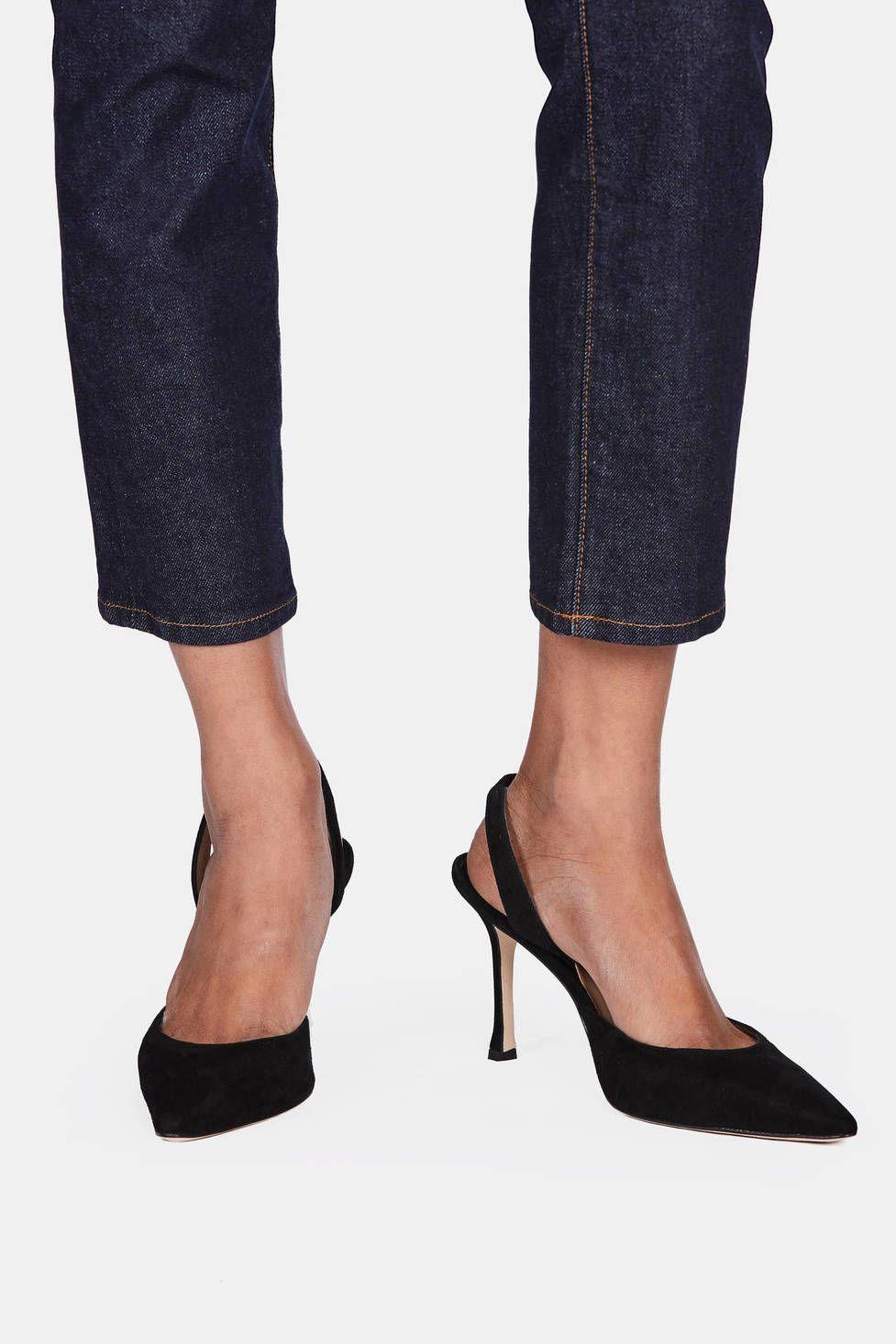 d68a501201 Carolyne Slingback - Black Suede   Shoe craving   Manolo blahnik ...