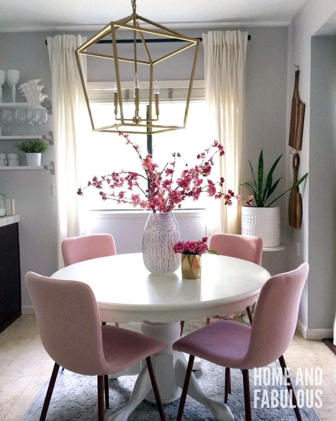 Elegant Eating Room Design Concepts To Excite Your Attendees Pink Home Decor Dining Room Small Living Room Decor Apartment