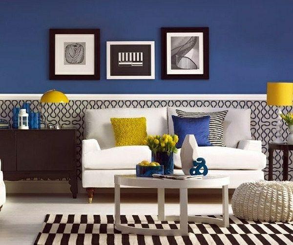 tapeten-farben-ideen-blaue-wand-und-bilder-daran blue wall - wohnzimmer gelb blau