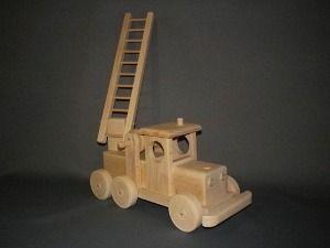 Camion de pompier jouet en bois l 39 univers des v hicules - Leo le camion pompier ...