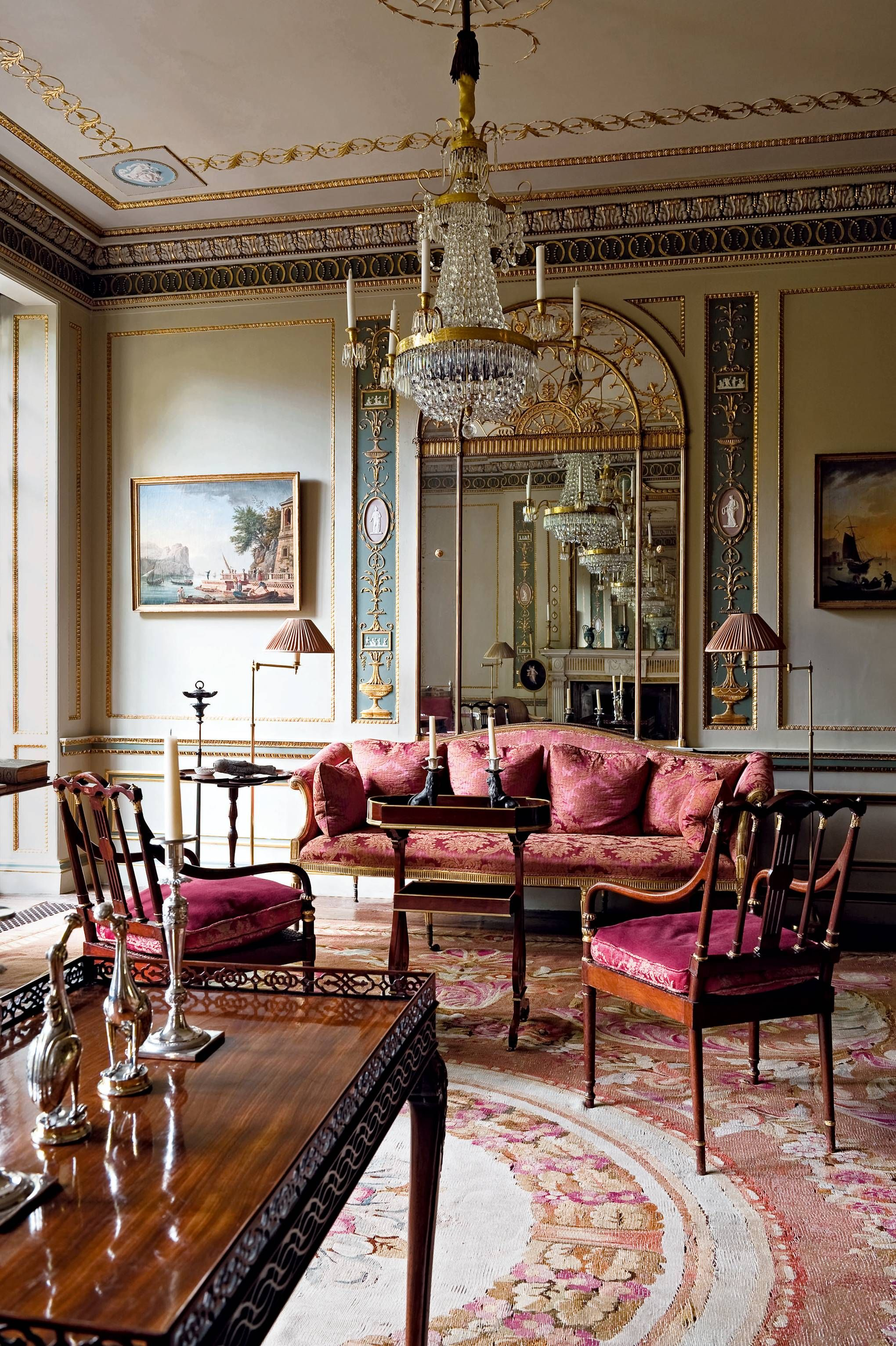 Home Interior Design Game Online: Timeless Elegance Is The Name Of The Game In This Venetian