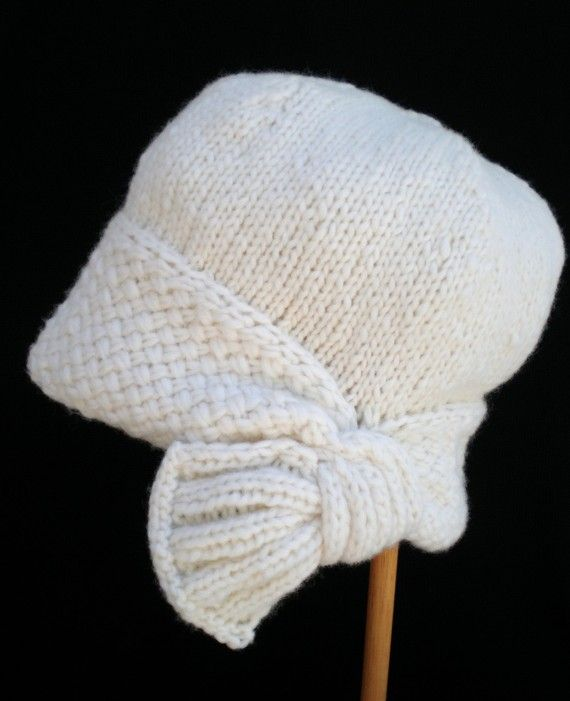 Cloche Hat Pattern Knitting : PDF Knit Hat Pattern - Flapper Cloche Hat I might actually have to buy this p...
