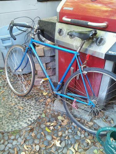 Repairing Broken Bicycles For Homeless In Orange County Ca Chatwithgod Bicycle Repair Homeless