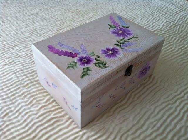 Cajita decapada cajitas decoradas cajita de madera cajita con flores pintura multicarga - Cajitas de madera para decorar ...