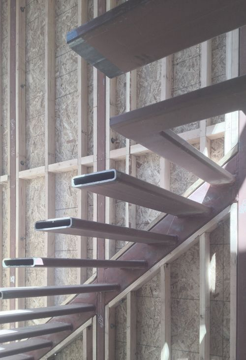 Best Photo Detail Of Cantilevered Stair 계단 디자인 계단 난간 인테리어 400 x 300