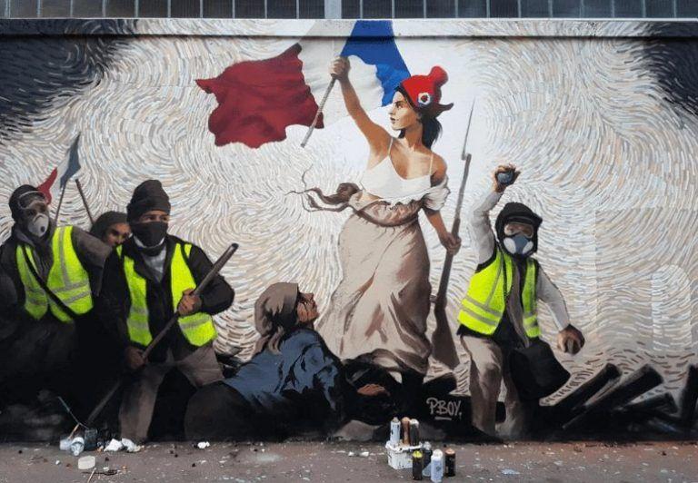 Yellow Vest Street Art In Paris Contains Hidden Bitcoin Puzzle Street Artists Meet The Artist Street Art
