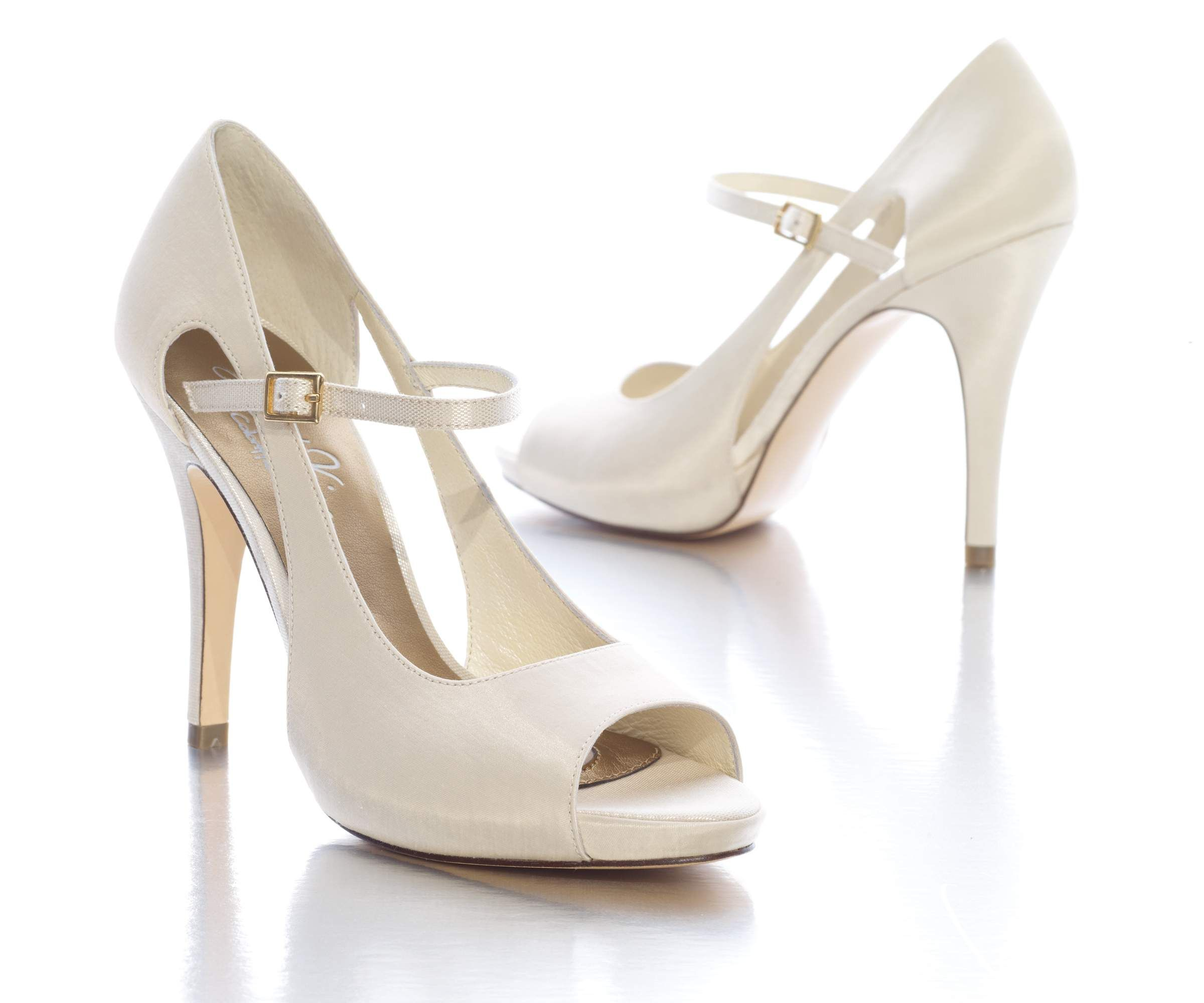 17 best images about wedding shoes on pinterest wedding shoes lace ...