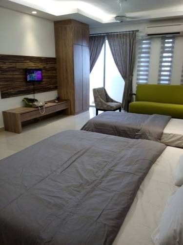 Shas Guest House Kota Bharu Shas Guest House offers accommodation in Kota Bharu, 7 km from Kota Bharu Mall and 7 km from Bus & Teksi Station. The apartment is 7 km from Billion Shopping Centre.  The accommodation comes with both air conditioning and ceiling fan.