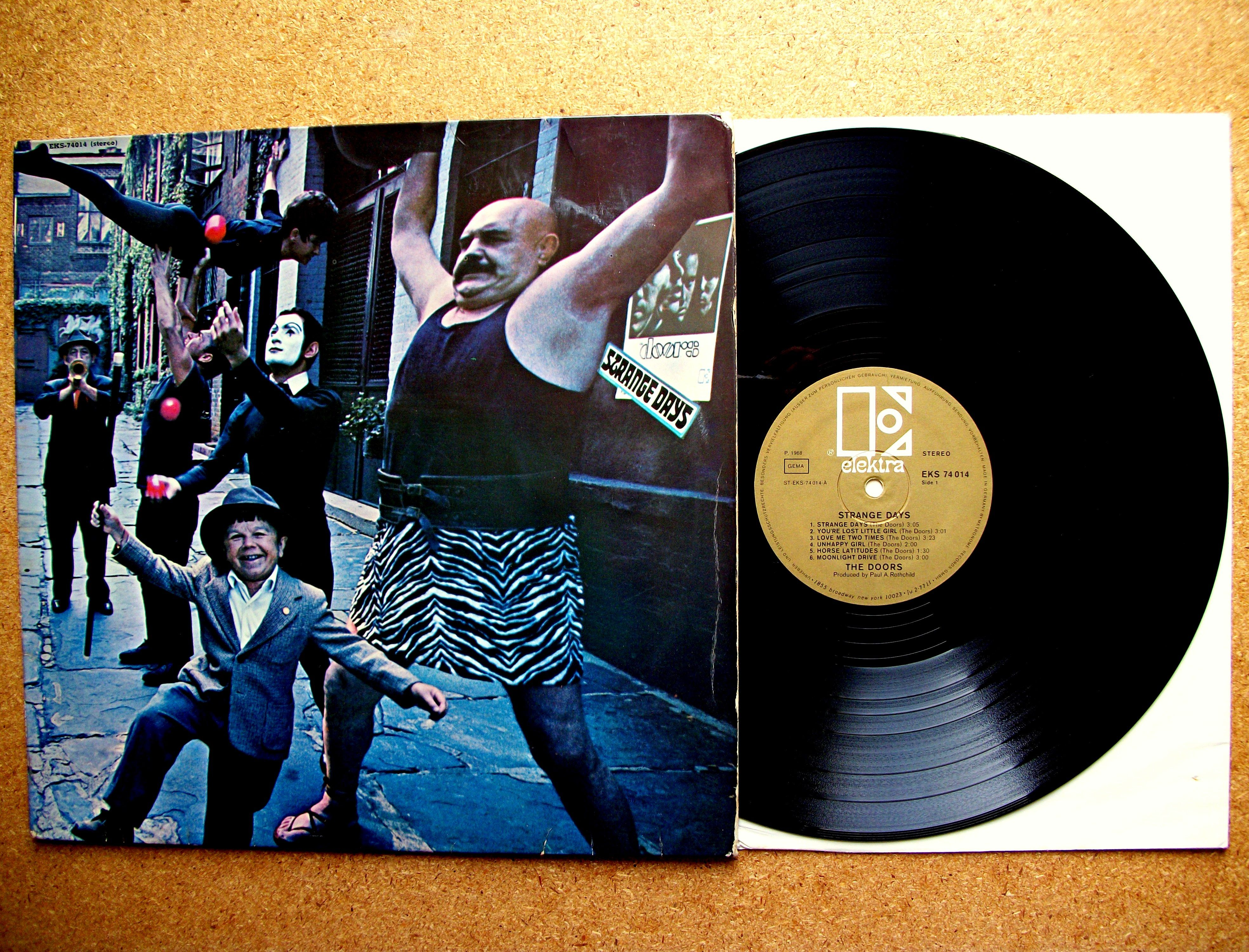 The Doors Strange Days Albumcover Thedoors Classic Album Covers Vinyl Record Album Covers Vinyl Poster