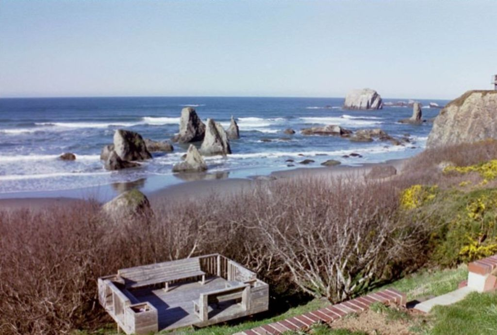 Stunning Beach Front House Near Bandon Dunes Golf Resort Winter Is Almost Here On The Beautiful Oregon Coast Weather Often Surprisingly Lovely Dur