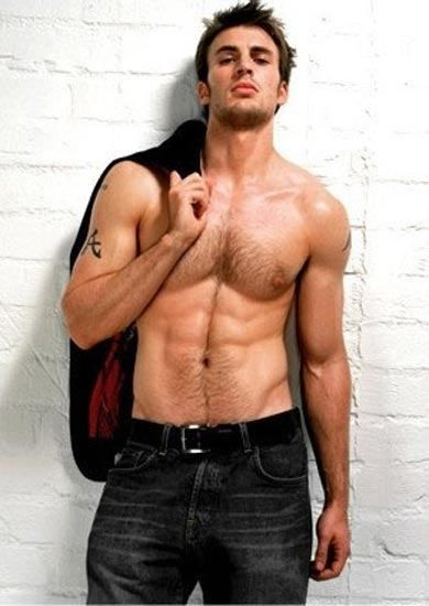 Chris Evans.   Holy hotnesssssss.