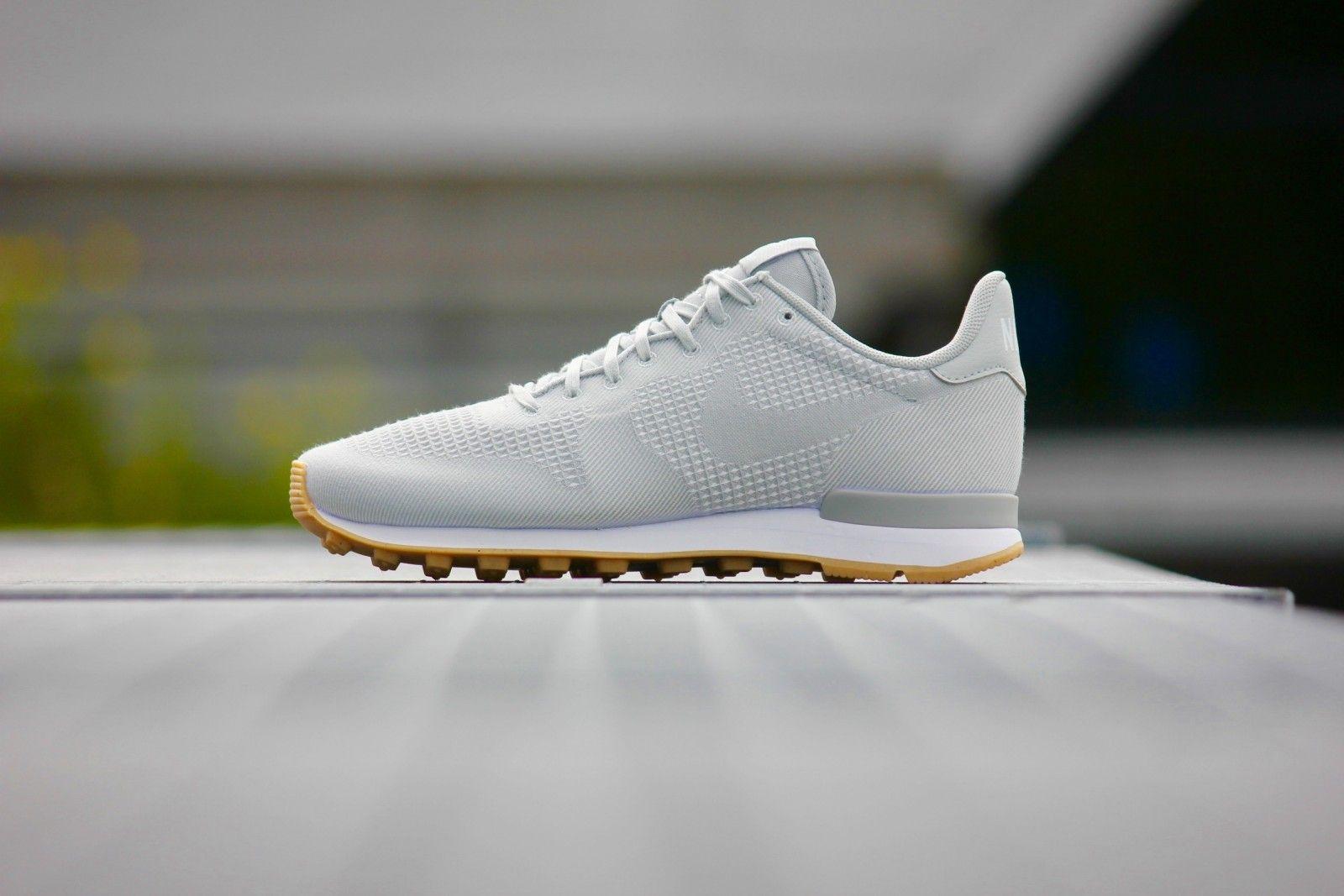 Nike Womens Internationalist JCRD White Grey Mist (705215-100)