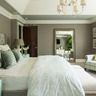muur kleur en groot spieel wit beddengoed slaapkamer muur moderne slaapkamer eigentijdse slaapkamer