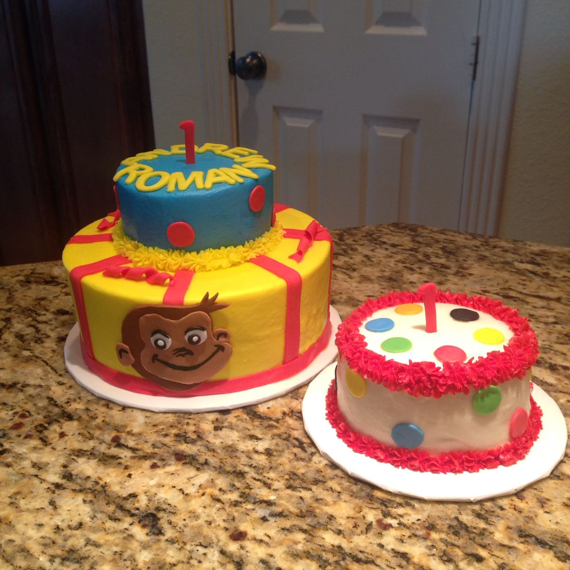 Curious George first birthday cake and matching polka dots smash cake. https://m.facebook.com/sweetnsassycakesbyeva