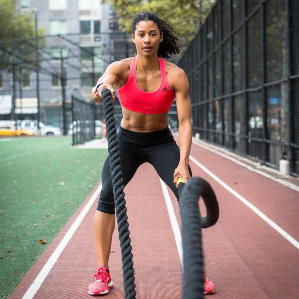 28 Black Fitness Pros You Should Be Following on Instagram | SELF #femalefitness #fitness Mobel 28 B...
