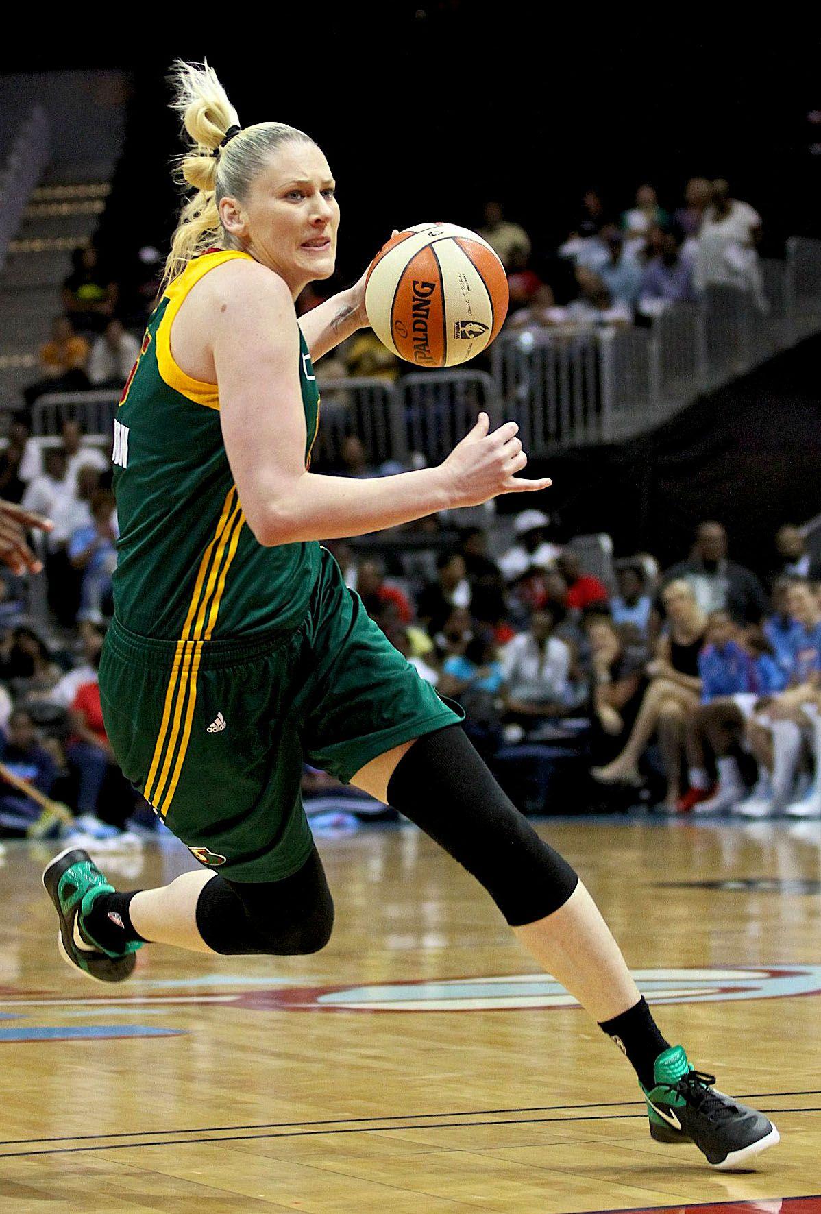 Lauren Jackson Photos Photos - Olympics Day 3 - Basketball