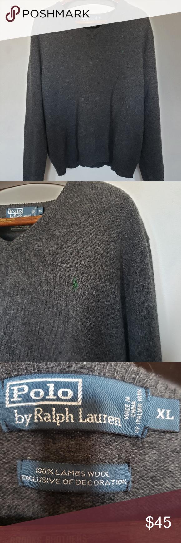 """Ralph Lauren // 100% lambswool sweatshirt • S i z e R e f e r e n c e • -Model: 5""""2 • D e t a i l s •  -Condition: Great!  ⚜ Vtg is pr..."""