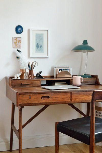See more ideas about Desk ideas, Office ideas and ... - #desk #forsmallspaces #Ideas #office