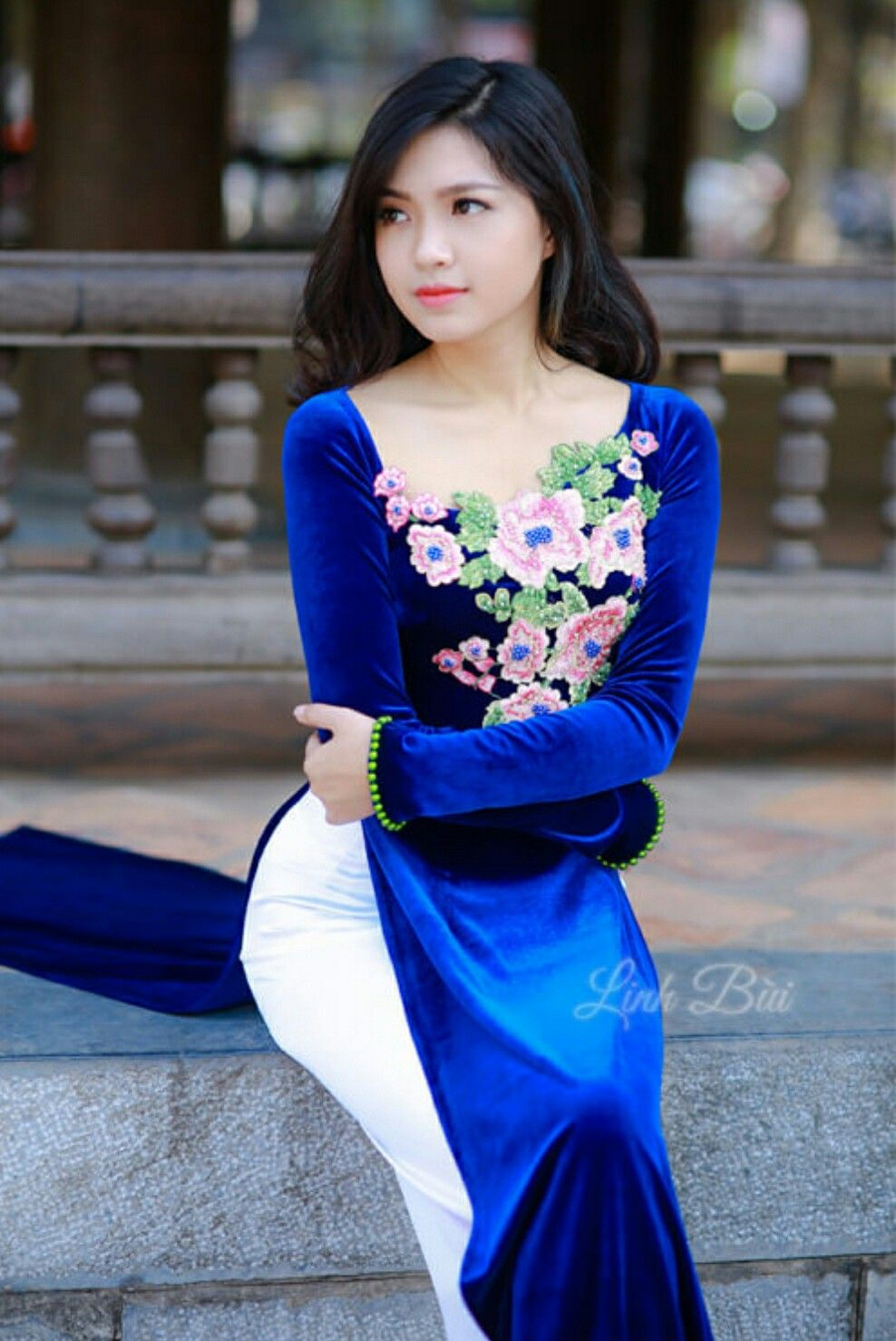 Follow me for more | ao dai | Pinterest | Asien