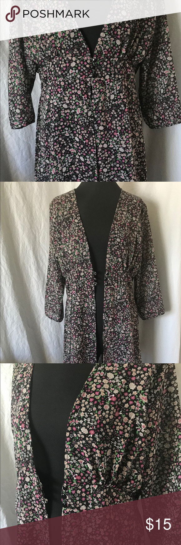 3da870f5d Live 4 Truth Floral Duster L Live 4 Truth Kimono Duster. Size large. 3/4  length sleeves. Three buttons in the front, elastic waist in the back.