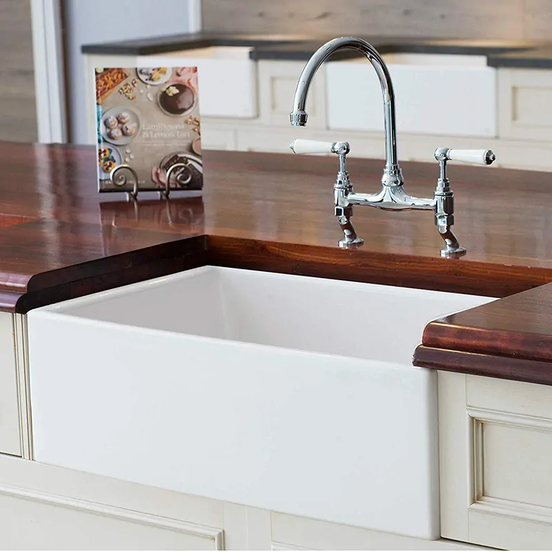 10 Farmhouse Kitchen Sinks That You Can Buy Right Now Farmhouse Sink Kitchen Sink Fireclay Farmhouse Sink