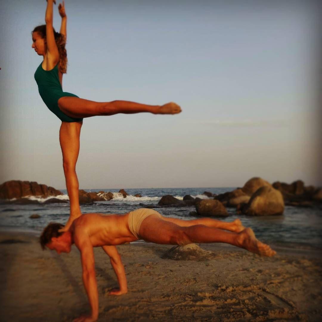 """#arabesque#equilibrio#shoulderstand#whereistand#handstand#handbalancing…"""