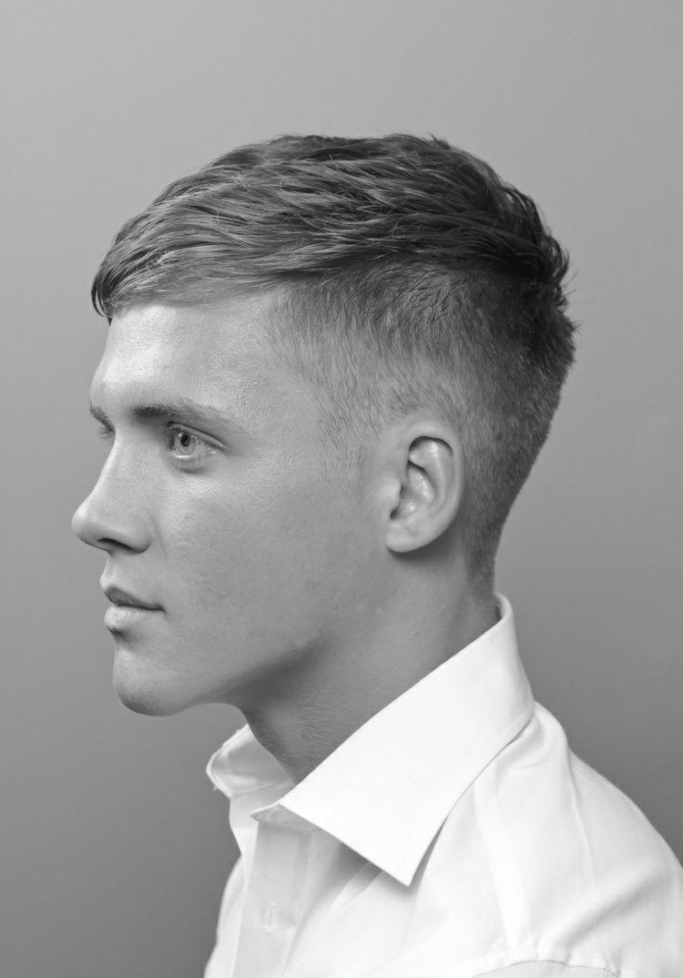 Kurzhaarfrisur Für Männer Undercut Wellen Look Comb Over Idee