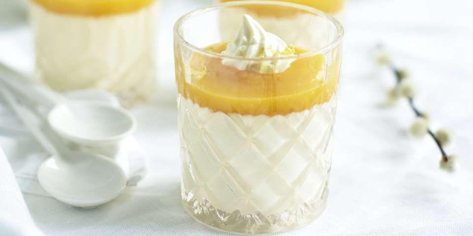ITALIENSK FRISTELSE: Panna cotta med mango coulis