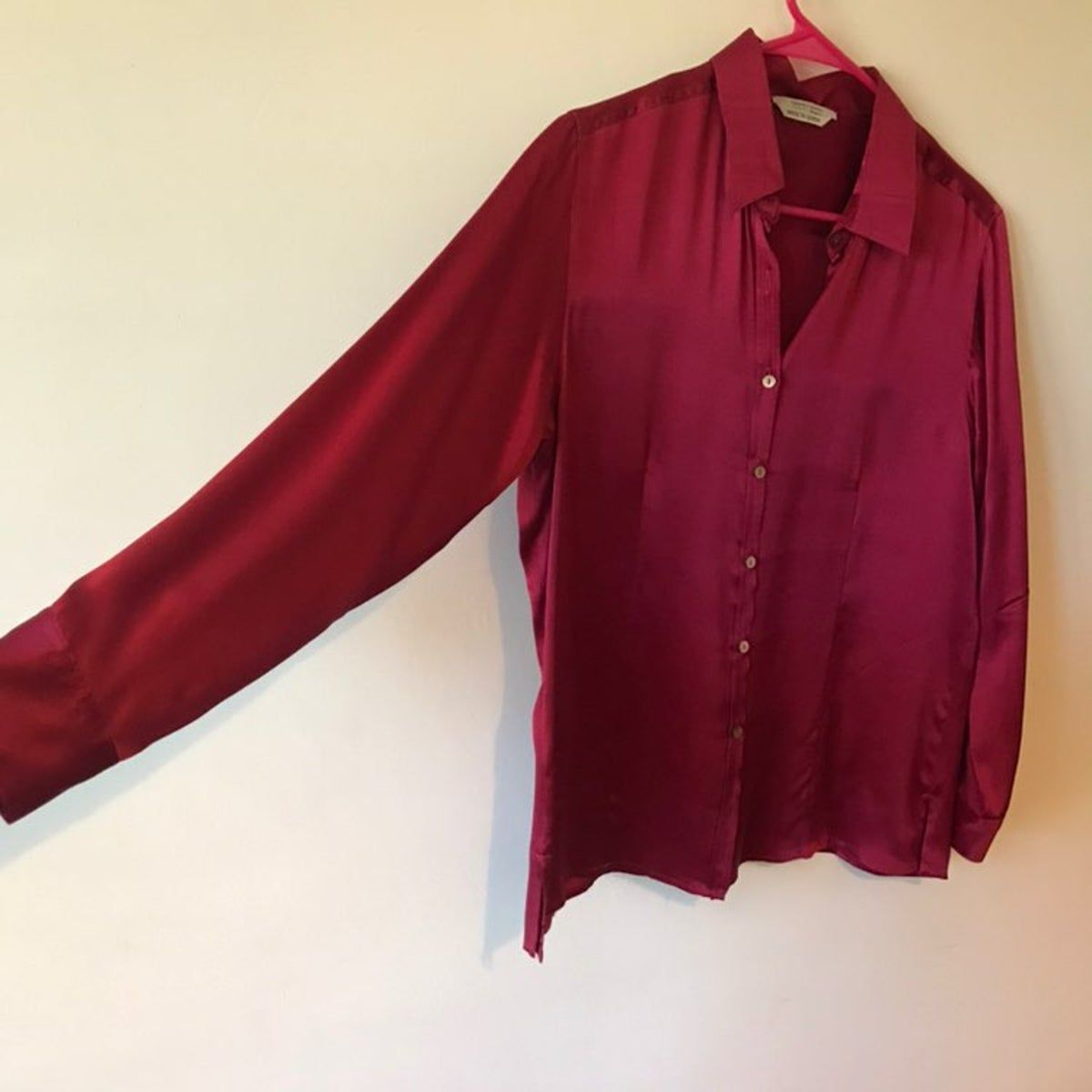 Silk! Lucy at it finest! Look and feel as chic as the Instafamous crowd ! Wine color !