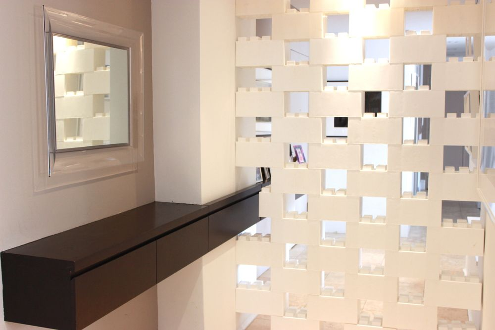 Space Out Blocks To Create Ventilation And Partially See Through Divider Walls Room Divider Walls Divider Wall Modular Walls