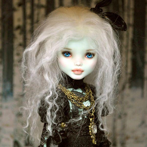 1 6 OOAK Mattel Monster High MH Frankie Stein Doll Custom Repaint by Kmiro | eBay #ooakmonsterhigh