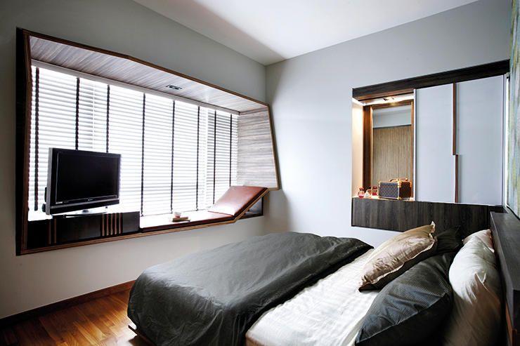 Bedroom Desk Bay Window In 2020 Bedroom Design Small Bedroom