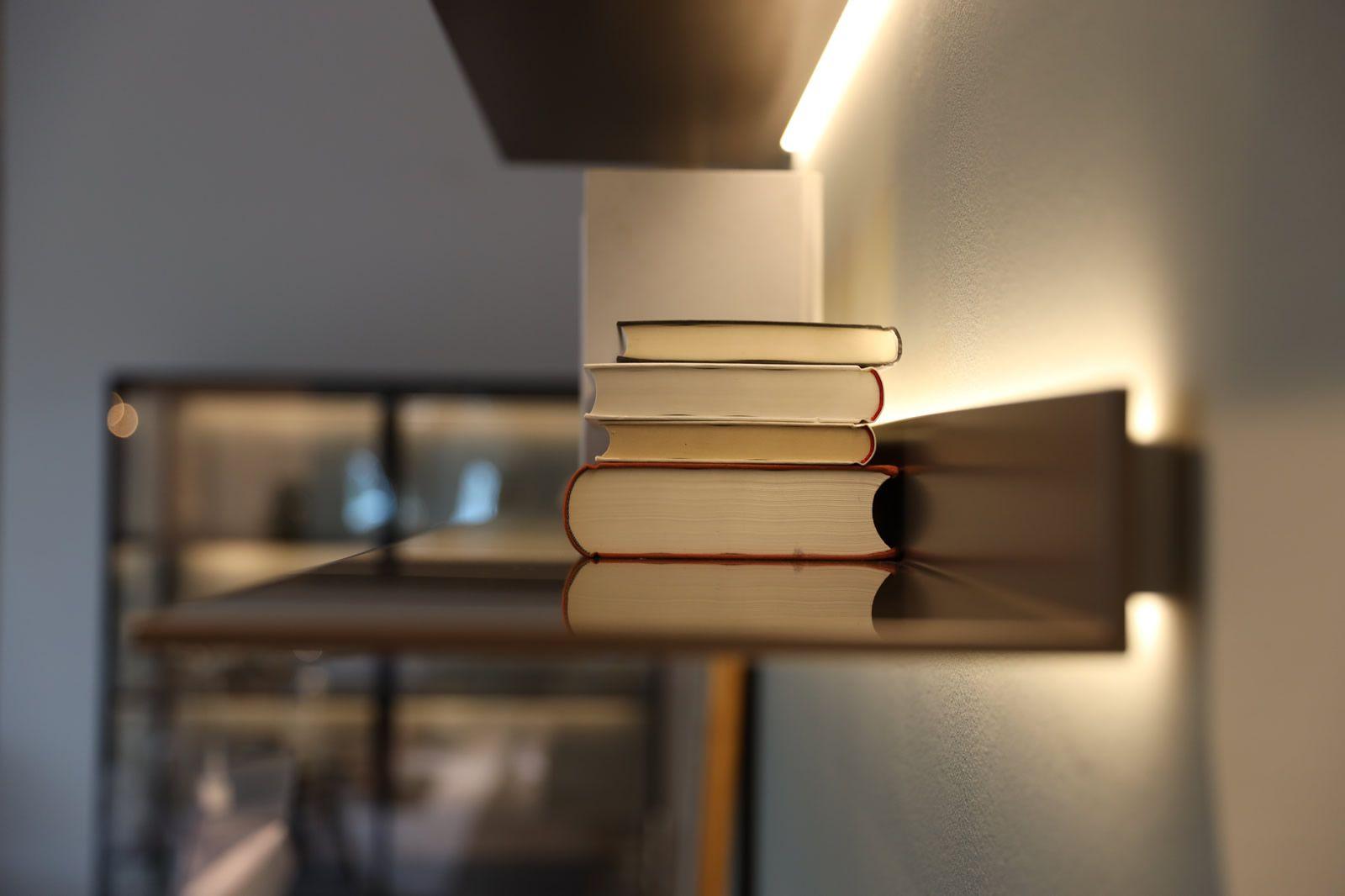 Drifte Onlineshop Exklusive Designmobel Leuchten Und Mobelklassiker Led Beleuchtung Led Stehleuchte Led Deckenleuchte