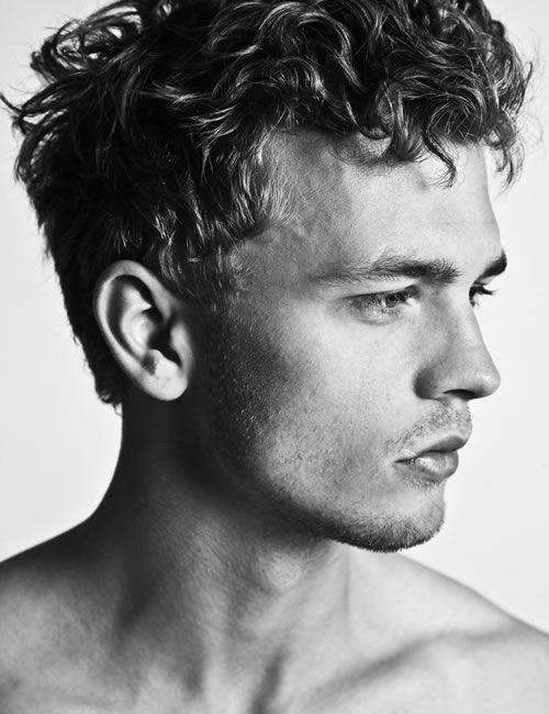 Great Undone Curly Men S Look Razored Sides Layered Top Pulling Front Back To Keep Length Chunky Textu Curly Hair Men Men S Curly Hairstyles Mens Hairstyles