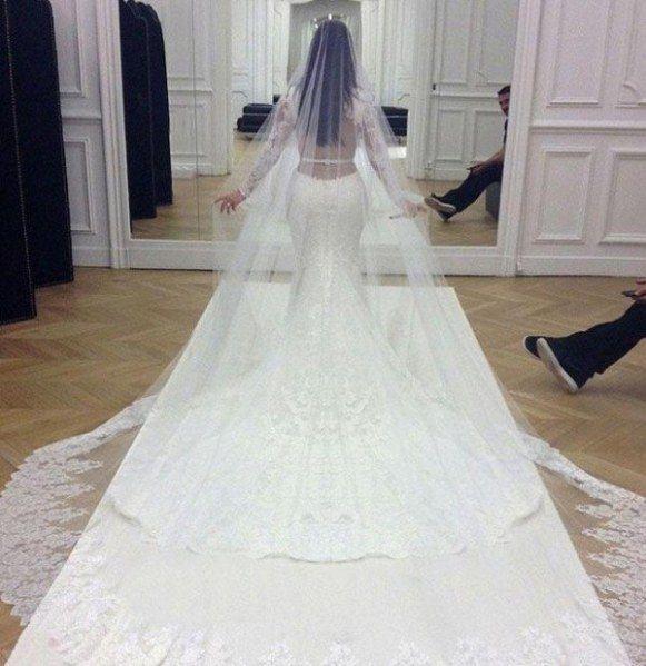 OMG! So viel kosten die 10 teuersten Hochzeitskleider ALLER Zeiten ...