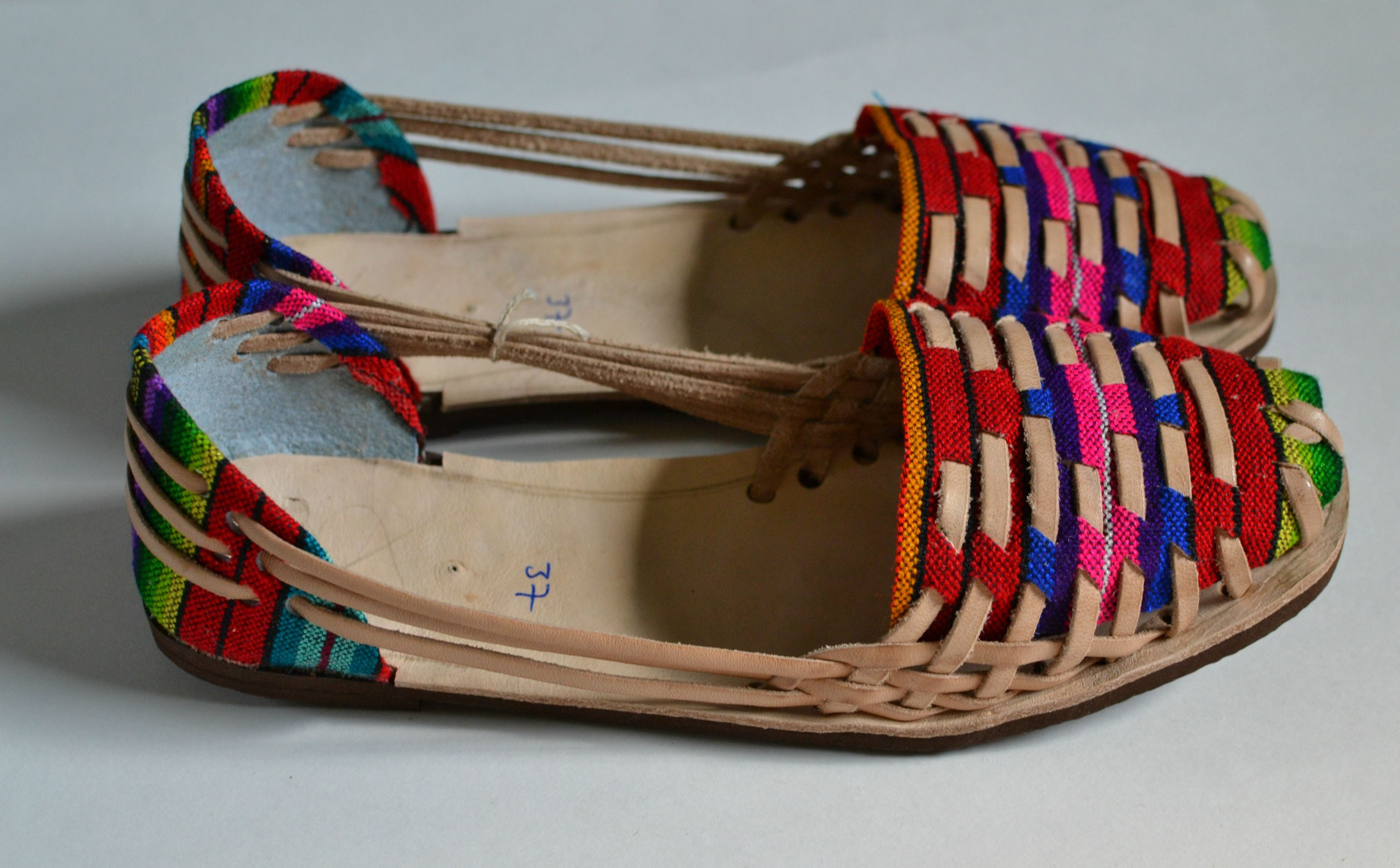 c2919be89421 Authentic caites huaraches handcrafted by artisans in Guatemala.