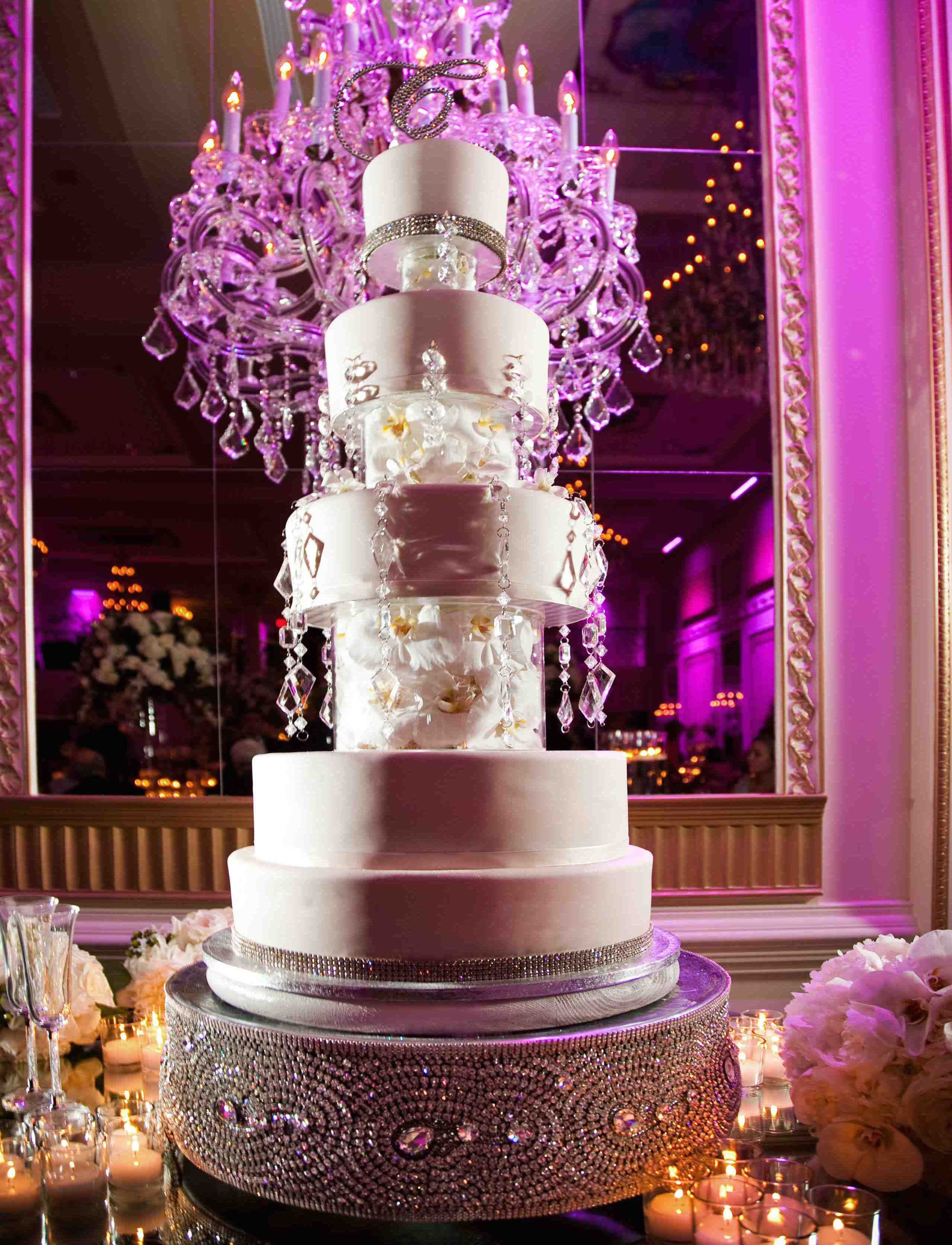 glamorous wedding cake stand sparkling stands for glamorous wedding cakes 14712