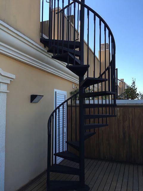 Pintaecol gic pintura de protecci n de escalera met lica for Escalera metalica para exteriores