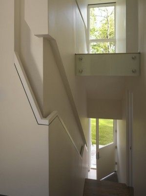 Clever.. Recessed Handrail For A Narrow Staircase.