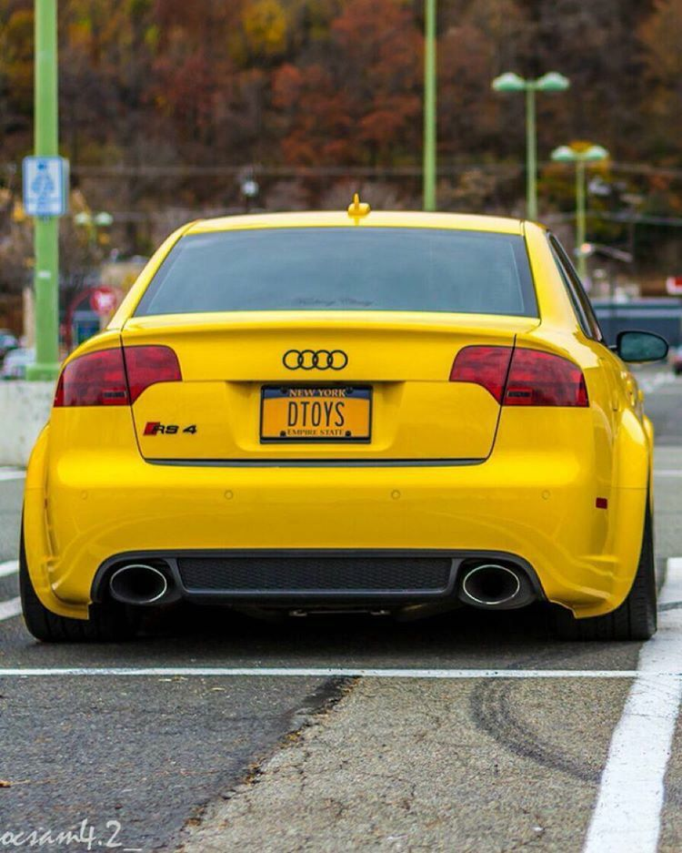 audi rs4 mellow yellow audi audi rs4 audi audi s4. Black Bedroom Furniture Sets. Home Design Ideas