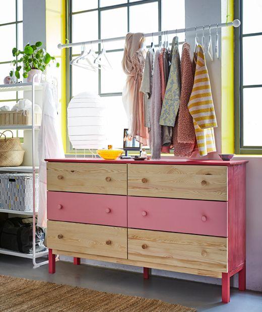 ikea deutschland du brauchst ideen f r die schlafzimmeraufbewahrung kleidung packst du. Black Bedroom Furniture Sets. Home Design Ideas