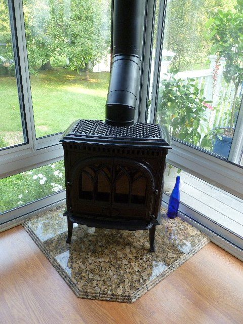 Jotul Direct Vent Gas Stove And Hearth Pad By Rettinger Fireplace Systems Wood Stove Hearth Wood Stove Fireplace Hearth Pad