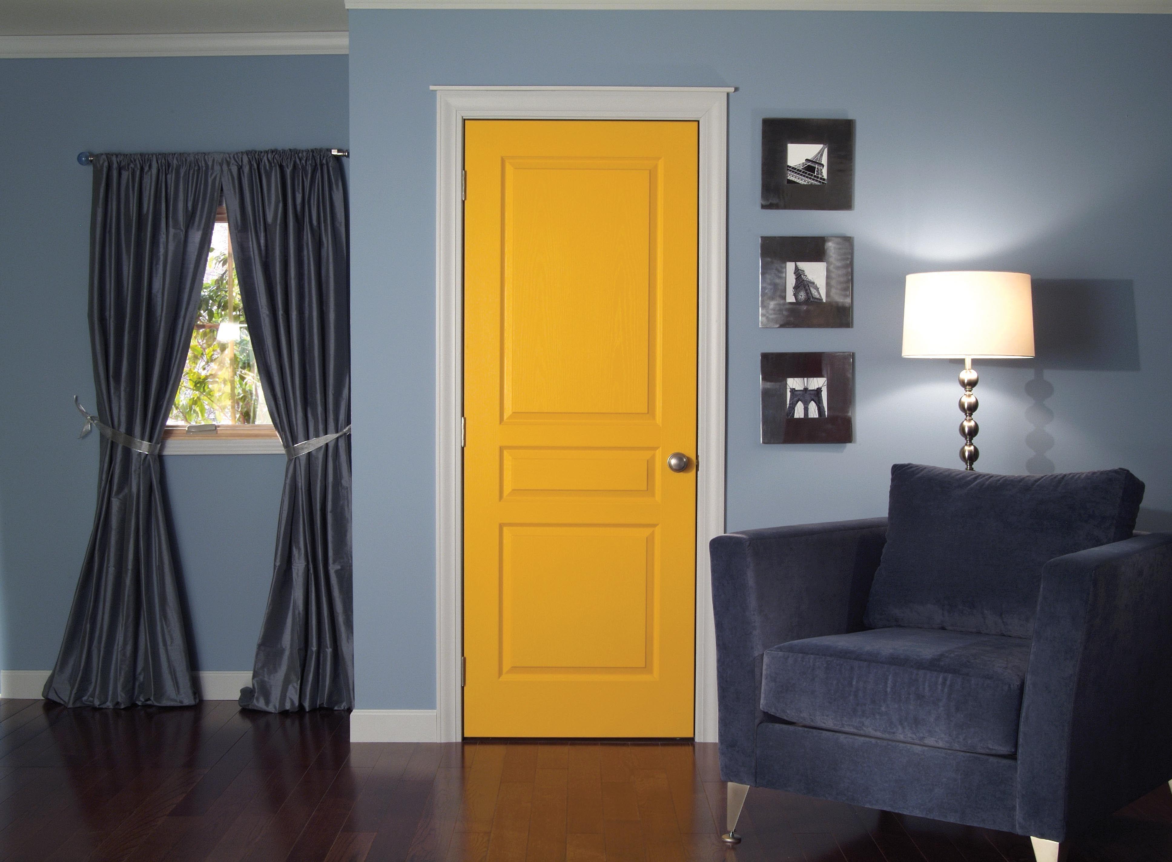 Distinctive Interiors - 3 panel Clermont Interior Door   Doors ...