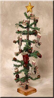 primitive christmas decorating ideas reviews 30 decorated primitive christmas tree it s - Pinterest Primitive Christmas Decorating Ideas