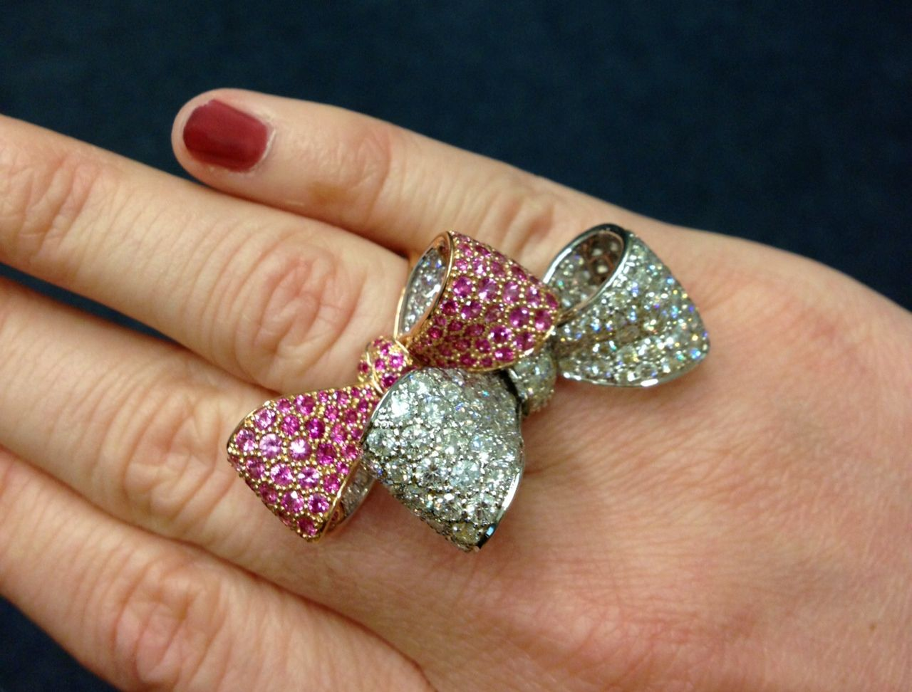 Mimi So bow rings. Every girl loves a bow.  *__*