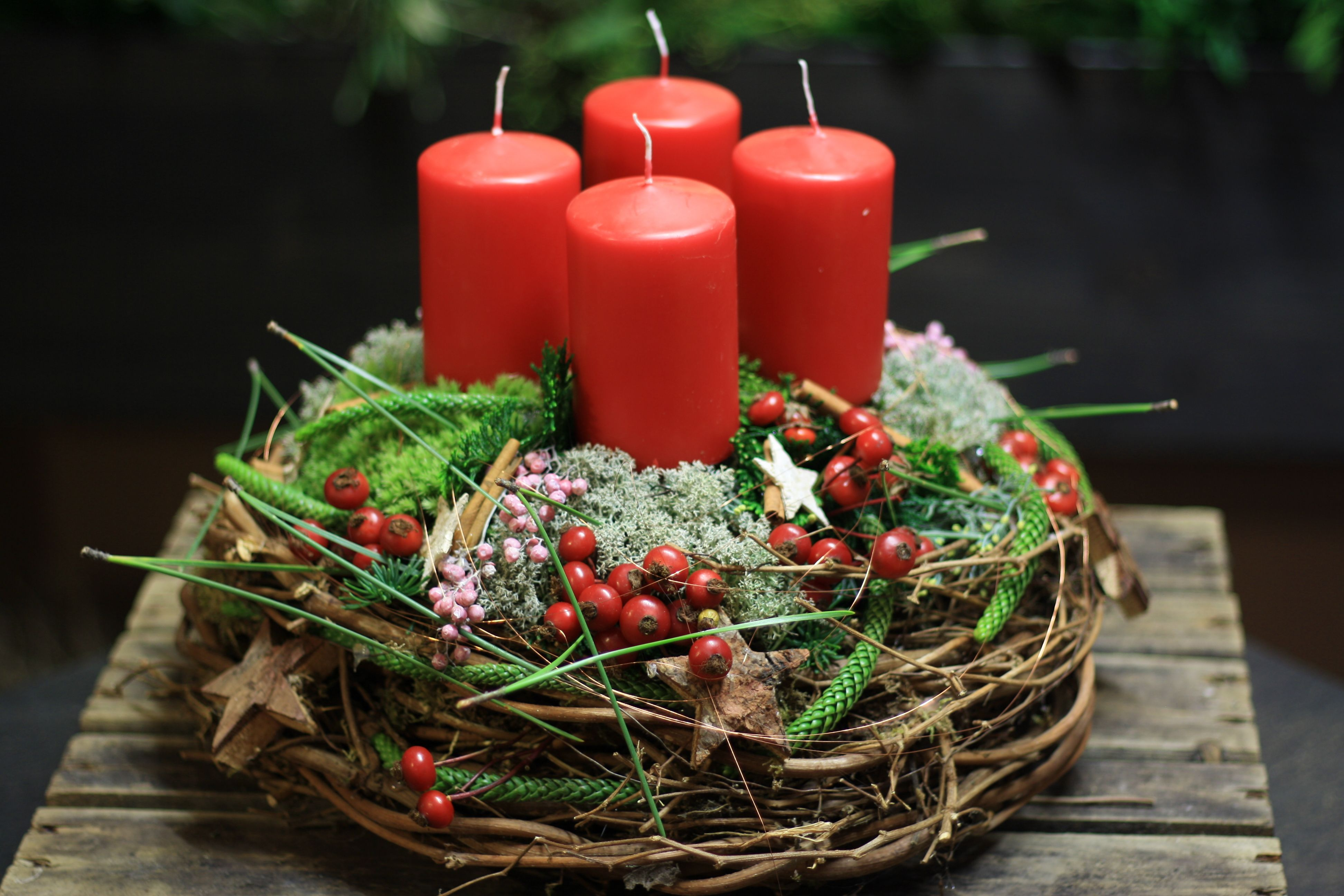 """Photo of Advent wreath """"Rote Liebe"""" made of willow branches with red candles, naturally …"""