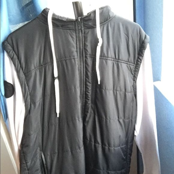 Empyre surplus co windbreaker men large In good condition, only one minor stain on inside of the hood! Willing to Trade or make offers! Empyre surplus co Jackets & Coats