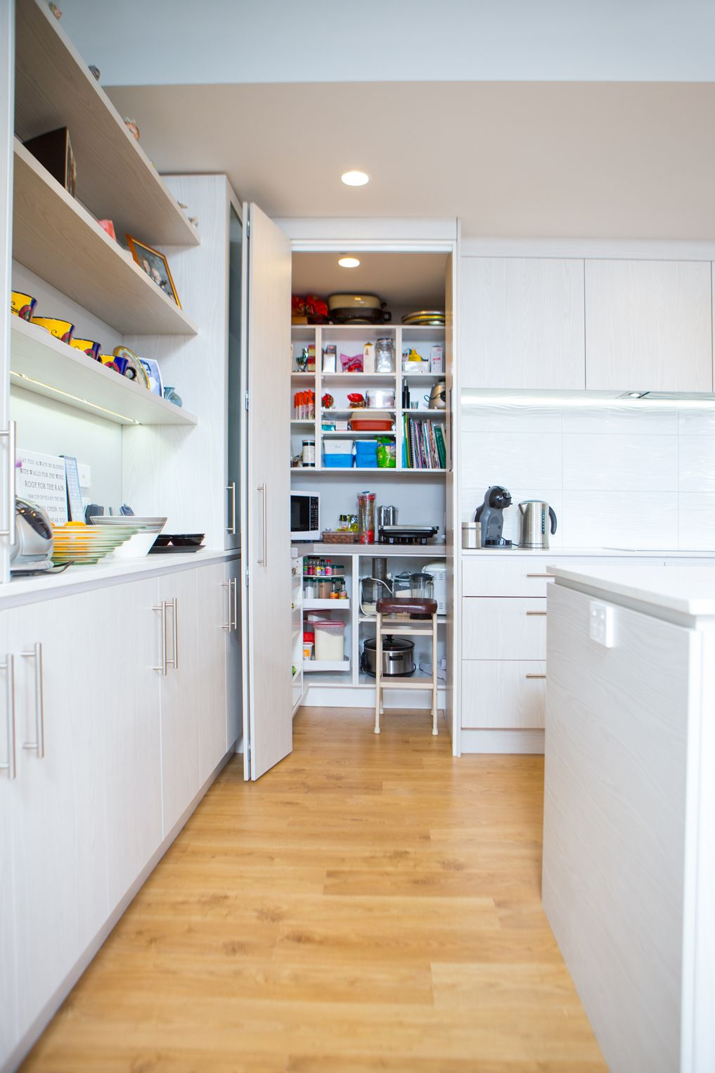 Kitchen 516 By Sally Steer Design Wellington New Zealand Walk In Pantry With Bi Fold Door