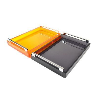 Rojo 16 Serving Tray Finish: